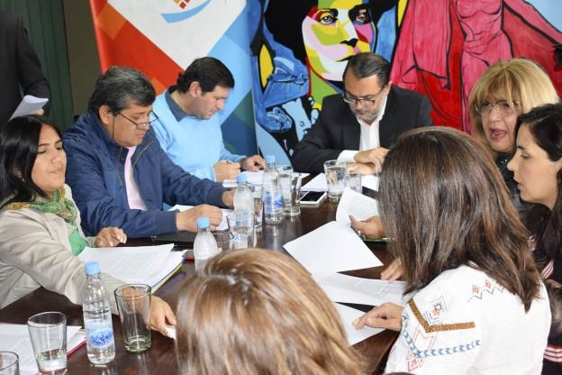 03 de octubre de 2019 – Reunión con Comisión de Género de APUAP y Derechos Humanos1 (1)
