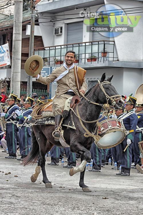 Desfile Gaucho en Avenida Córdoba – 23 de Agosto 2015. Mas fotos y videos aqui: http://www.clickjujuy.com.ar/?p=16578