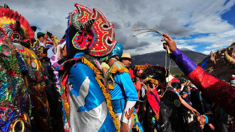 1-Carnaval-de-Uquia-y-Maimara-diablos del carnaval-jujuy (1)