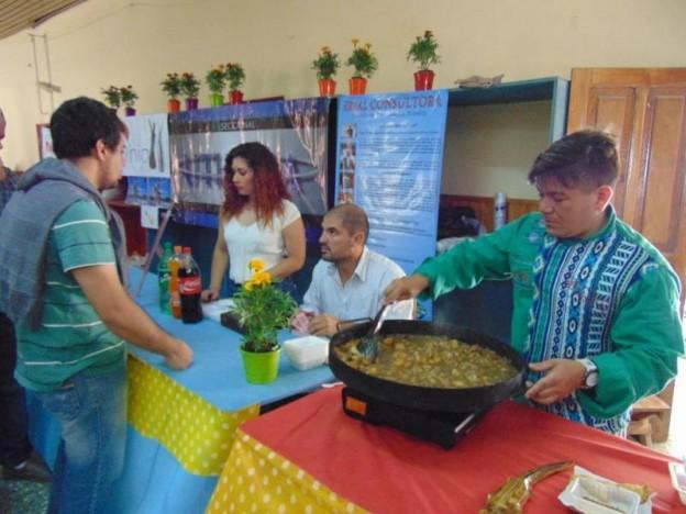 1-cocina-en-vivo-gracias-al-gran-desempeno-y-logistica-del-evento