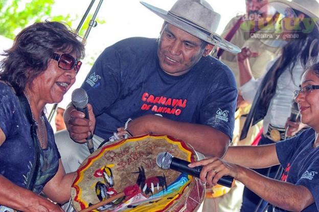 1-Desentierro del Carnaval en la Carpa de Maria Reynaga
