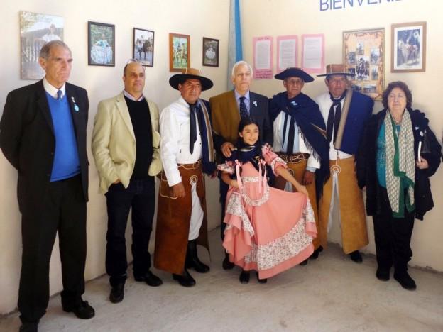 1-INTEGRANTES DEL CENTRO GAUCHO TRADICION – MIEMBROS DEL INSTITUTO BELGRANIANO JUJEÑO Y NACIONAL