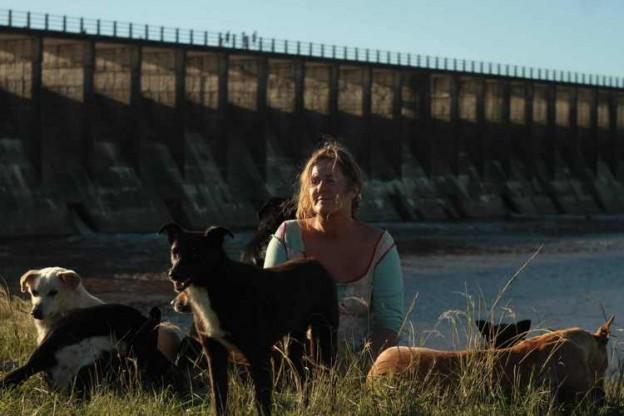1-La mujer de los perros-001