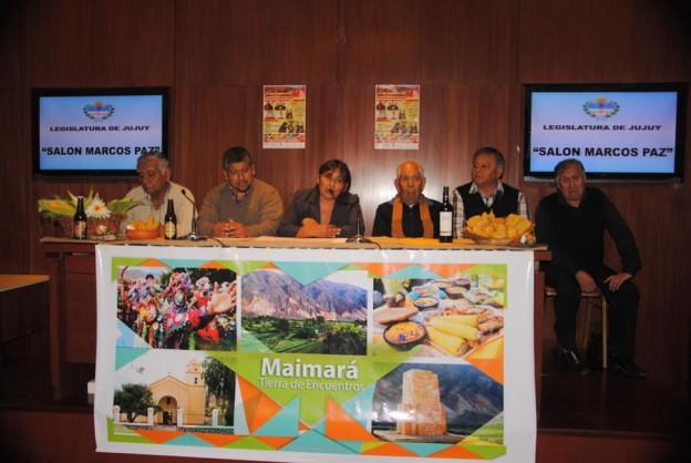 1-SE PRESENTÓ LA 40ª EDICIÓN DEL FESTIVAL DEL CHOCLO Y EL FOLKLORE DE MAIMARÁ (2)