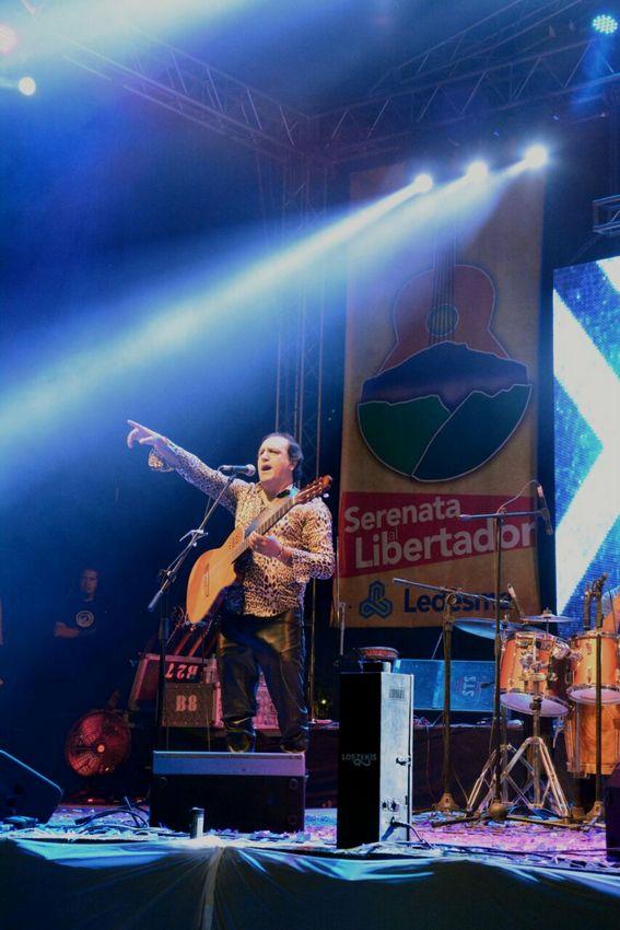 1-Serenata al Libertador (3)