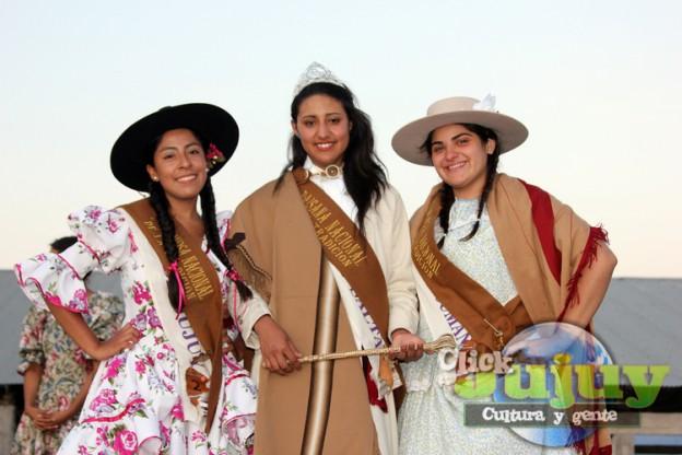 1-Sofia Tania Castillo es la nueva Paisana Nacional de la Tradición 2015