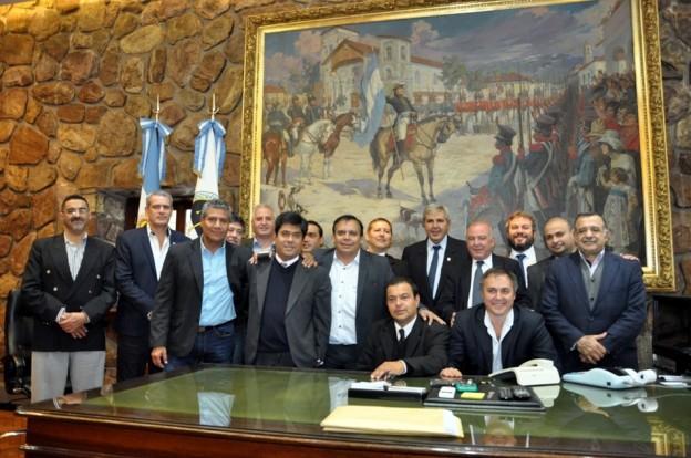 DEFENSORES DEL PUEBLO SE REUNIERON CON HAQUIM