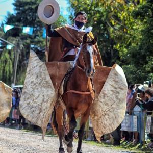 1-desfile-BICENTENARIO-DEL-DÍA-GRANDE-DE-JUJUY-15