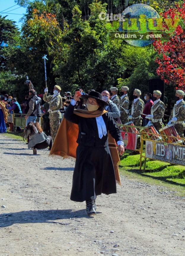 1-desfile-BICENTENARIO-DEL-DÍA-GRANDE-DE-JUJUY-17
