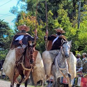 1-desfile-BICENTENARIO-DEL-DÍA-GRANDE-DE-JUJUY-27