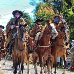 1-desfile-BICENTENARIO-DEL-DÍA-GRANDE-DE-JUJUY-29