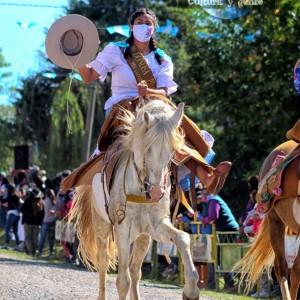 1-desfile-BICENTENARIO-DEL-DÍA-GRANDE-DE-JUJUY-38