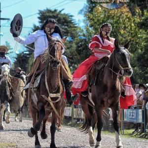 1-desfile-BICENTENARIO-DEL-DÍA-GRANDE-DE-JUJUY-43
