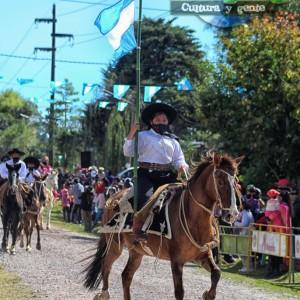 1-desfile-BICENTENARIO-DEL-DÍA-GRANDE-DE-JUJUY-44
