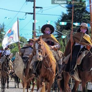 1-desfile-BICENTENARIO-DEL-DÍA-GRANDE-DE-JUJUY-53
