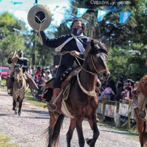 1-desfile-BICENTENARIO-DEL-DÍA-GRANDE-DE-JUJUY-54
