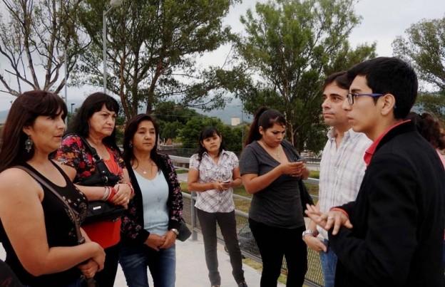 1-estudiantes-tambien-participaron-de-la-recorrida-junto-a-funcionarios-provinciales-y-munic