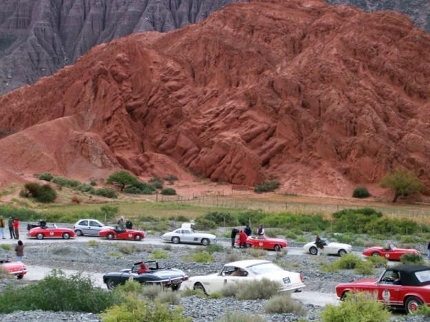 1-gran-carrera-autos-antiguos-en-la-puna_25110