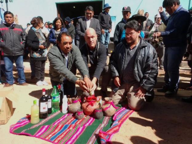 1-ministro-meyer-diputado-lopez-y-responsable-de-nic-quinteros-durante-ritual-pachamama_25348