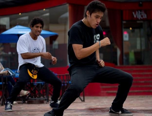 1-profesores-continuan-dictando-clases-de-danzas-urbanas-en-la-plaza-vilca_15889