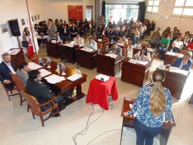 10.03.15 Homenaje a la Mujer jujeña expositoras banca abierto
