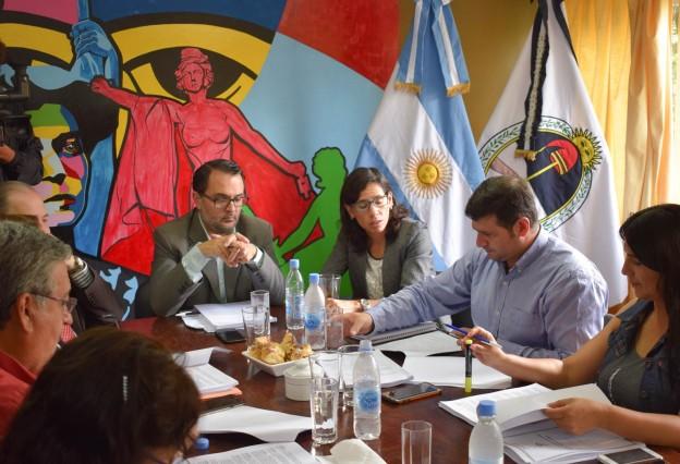 EDILES Y FUNCIONARIOS MUNICIPALES ABORDARON EL PROYECTO DEL PRESUPUESTO 2018 Y ORDENANZA IMPOSITIVA
