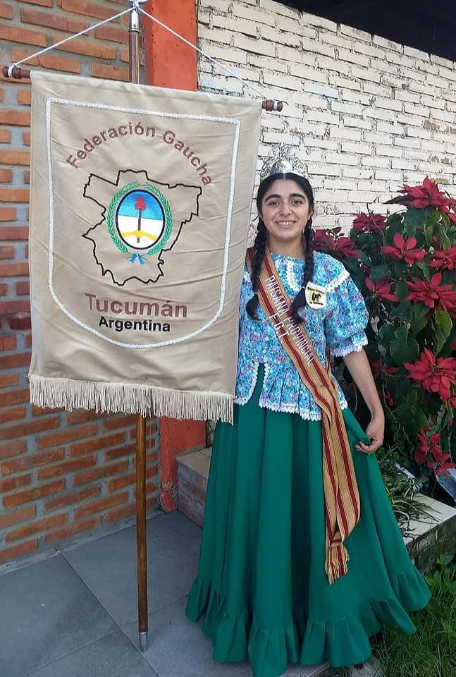 ANA LAURA SALINAS, Agrupación Mujeres Gauchas de Tucumán J B Alberdi