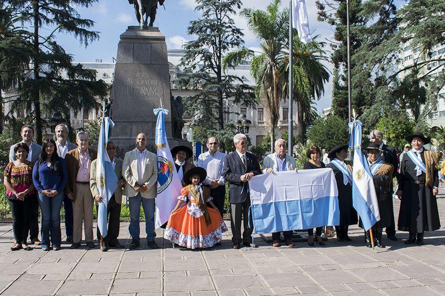 Acto Aniversario al Primer Izamiento de Bandera Nacional