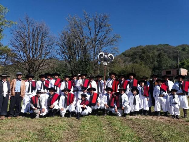 Agrupación-Gaucha-de-Guerrero3