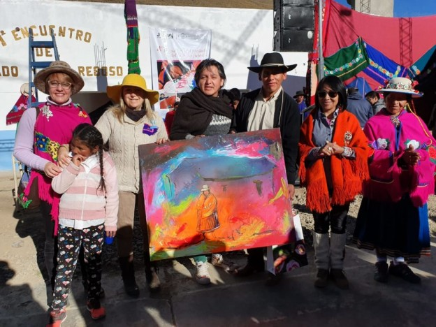 Ariel-Cortez-donó-su-obra-a-la-comunidad-de-Santa-Ana.-El-cuadro-será-exhibido-en-el-Centro-1024×768