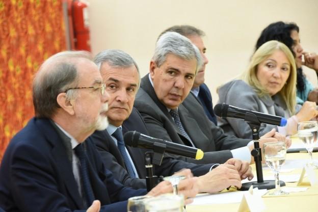 BENEPLÁCITO POR LA FIRMA DE CONVENIOS PARA FAVORECER A EMPRENDEDORES TURÍSTICOS (2)