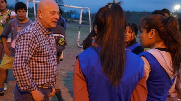 Carlos Cantero se reunió con vecinos e instituciones de Alto Comedero (2)