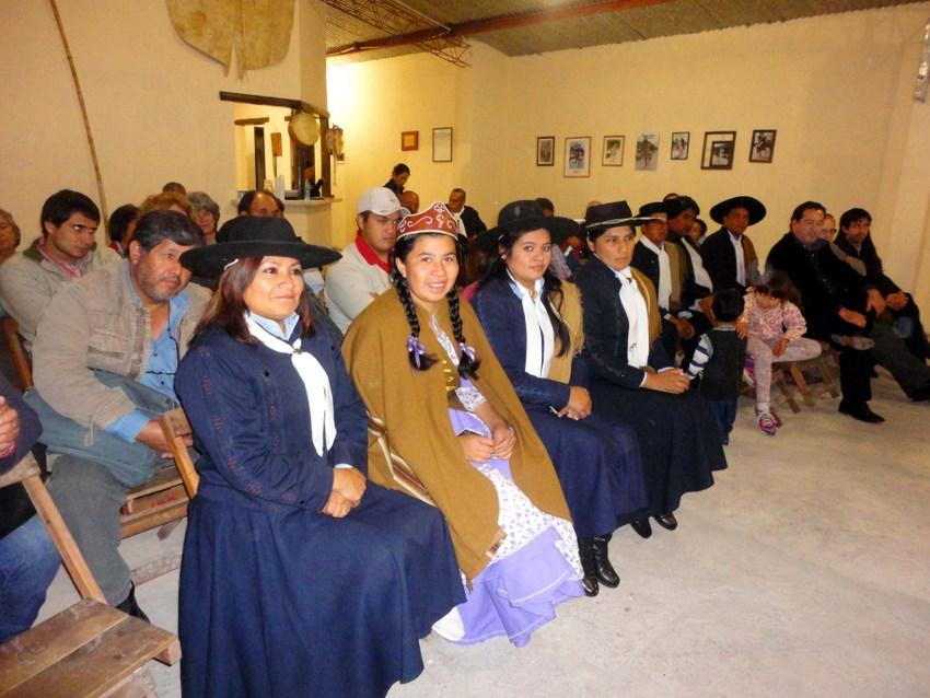 Ciclos de Historia en el Centro Gaucho Yala (2)