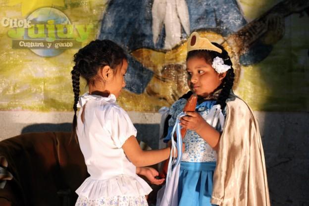 Coronación de paisana y minipaisana Centro Gaucho Juan Galan Virgen de Lourdes