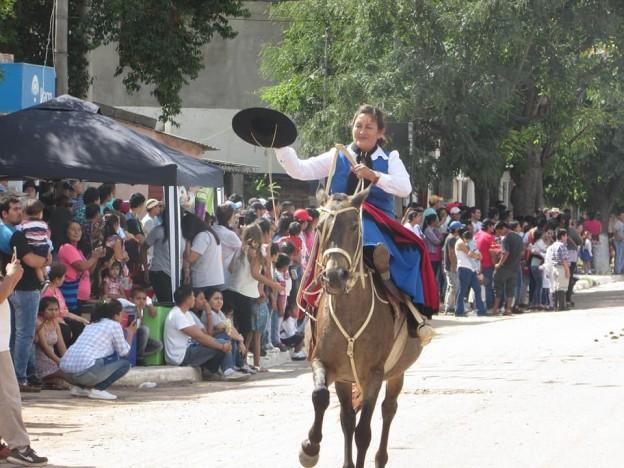 DESFILE GAUCHO FIESTAS PATRONALES 2018 EN HONRAS A NUESTRA VIRGEN DEL VALLE (10)