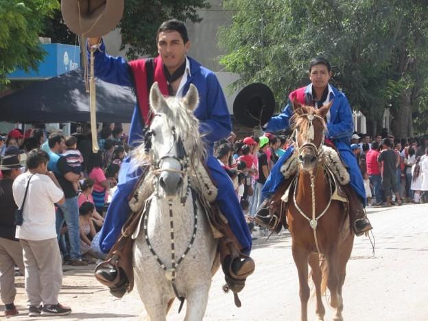 DESFILE GAUCHO FIESTAS PATRONALES 2018 EN HONRAS A NUESTRA VIRGEN DEL VALLE (18)
