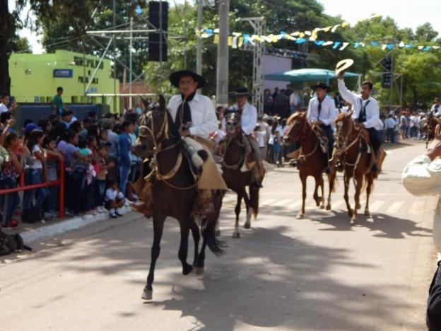DESFILE GAUCHO FIESTAS PATRONALES 2018 EN HONRAS A NUESTRA VIRGEN DEL VALLE (2)