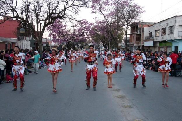 Desfile de Bolivia (1)