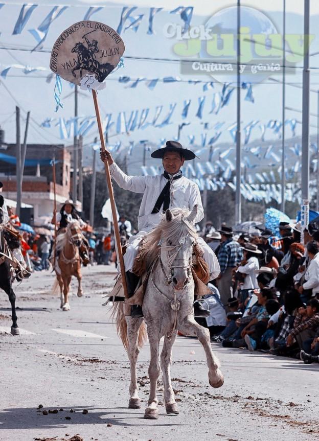 Desfile-gaucho-23-de-agosto-2017-103}