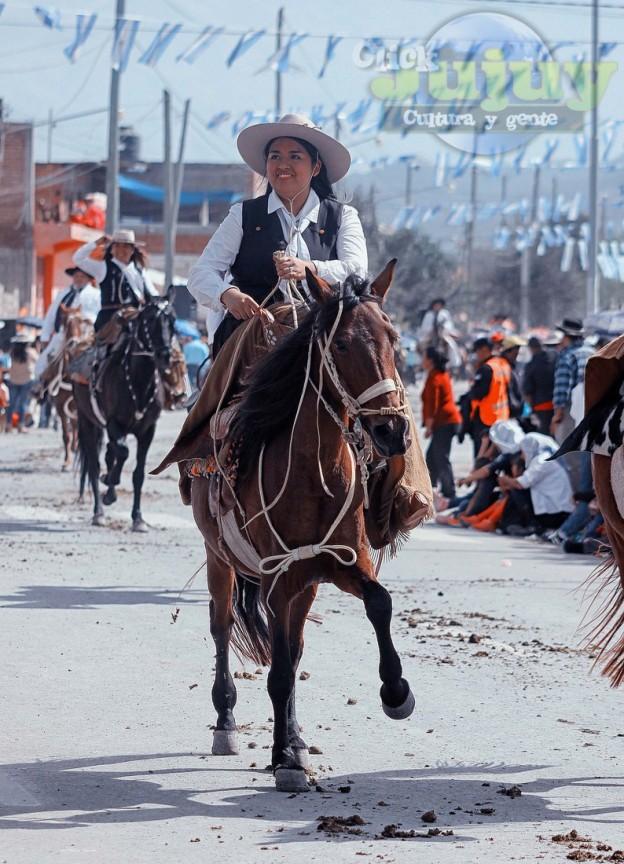 Desfile-gaucho-23-de-agosto-2017-106