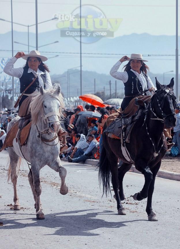 Desfile-gaucho-23-de-agosto-2017-107
