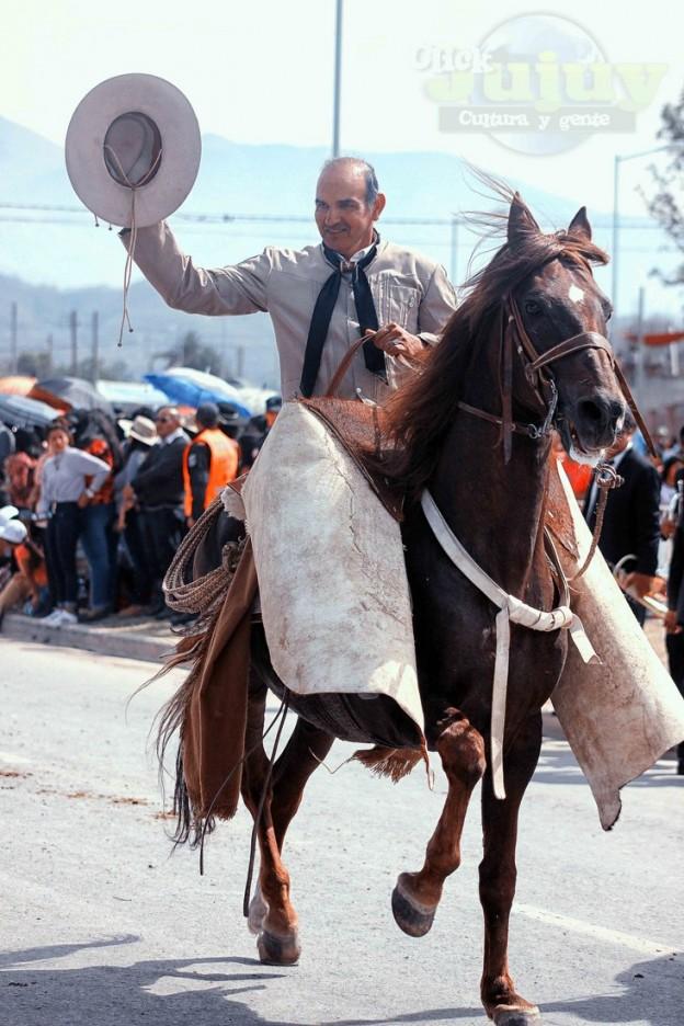 Desfile-gaucho-23-de-agosto-2017-11
