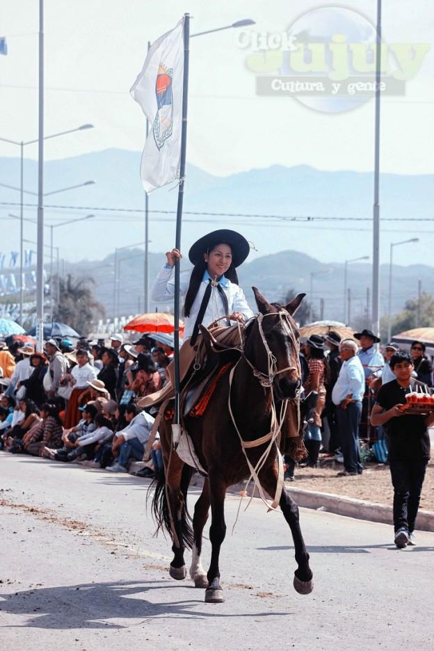 Desfile-gaucho-23-de-agosto-2017-12