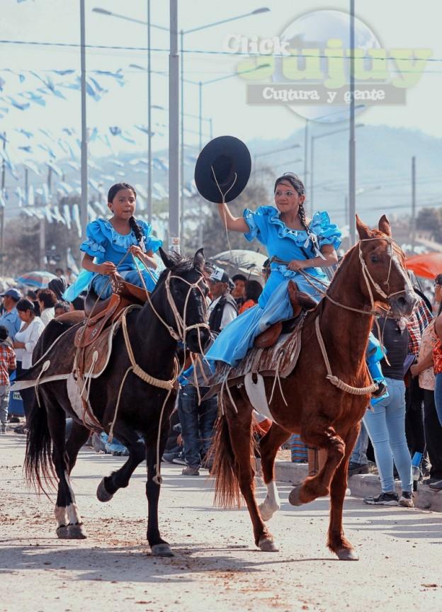 Desfile-gaucho-23-de-agosto-2017-144