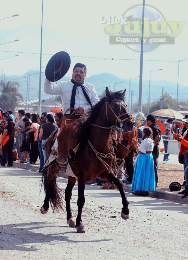 Desfile-gaucho-23-de-agosto-2017-148