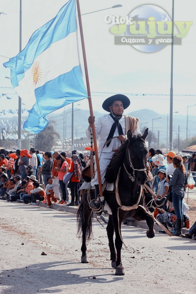 Desfile-gaucho-23-de-agosto-2017-153