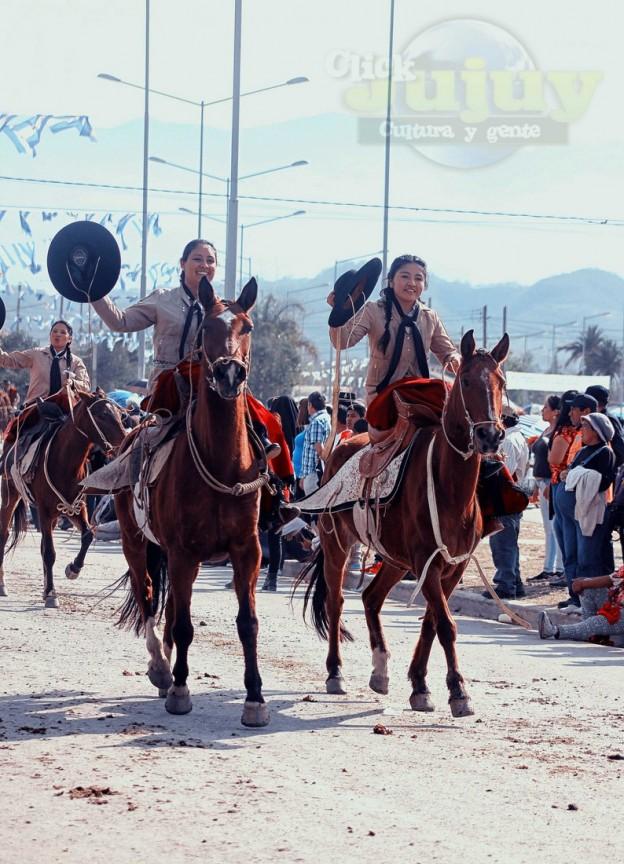 Desfile-gaucho-23-de-agosto-2017-174