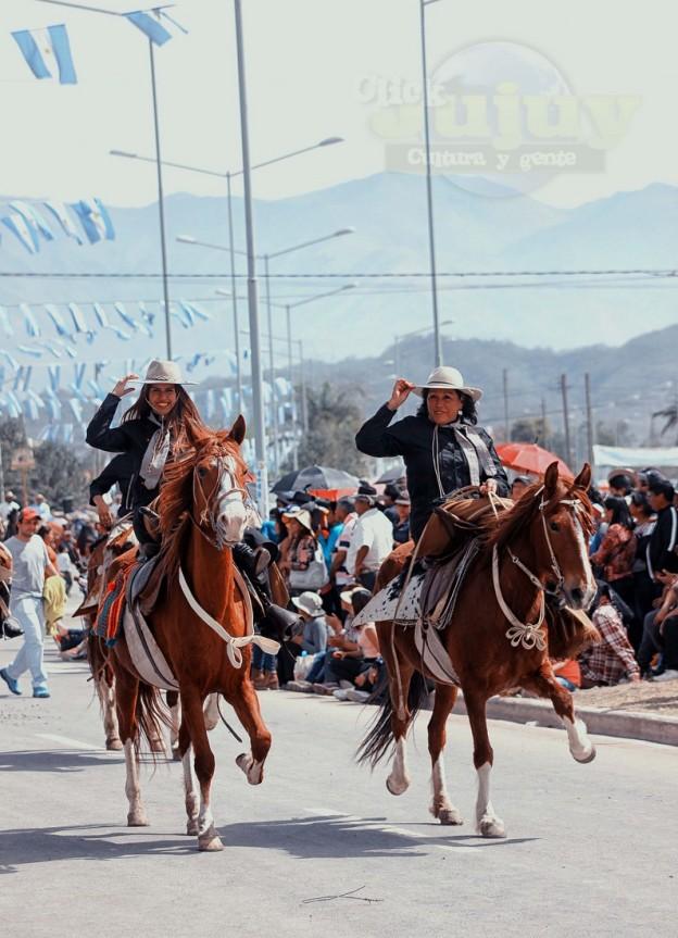 Desfile-gaucho-23-de-agosto-2017-23