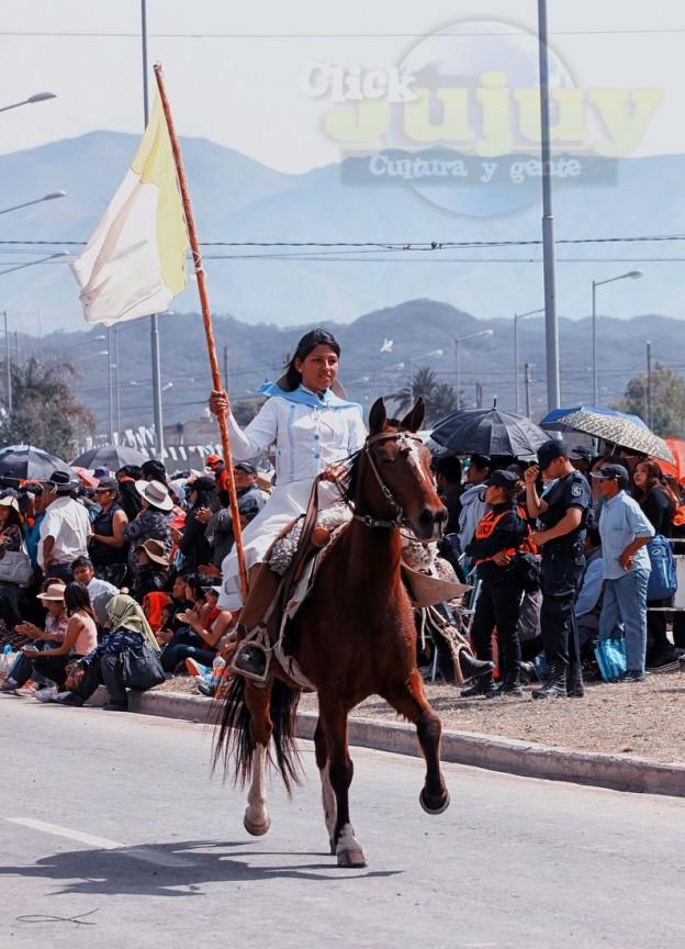 Desfile-gaucho-23-de-agosto-2017-28