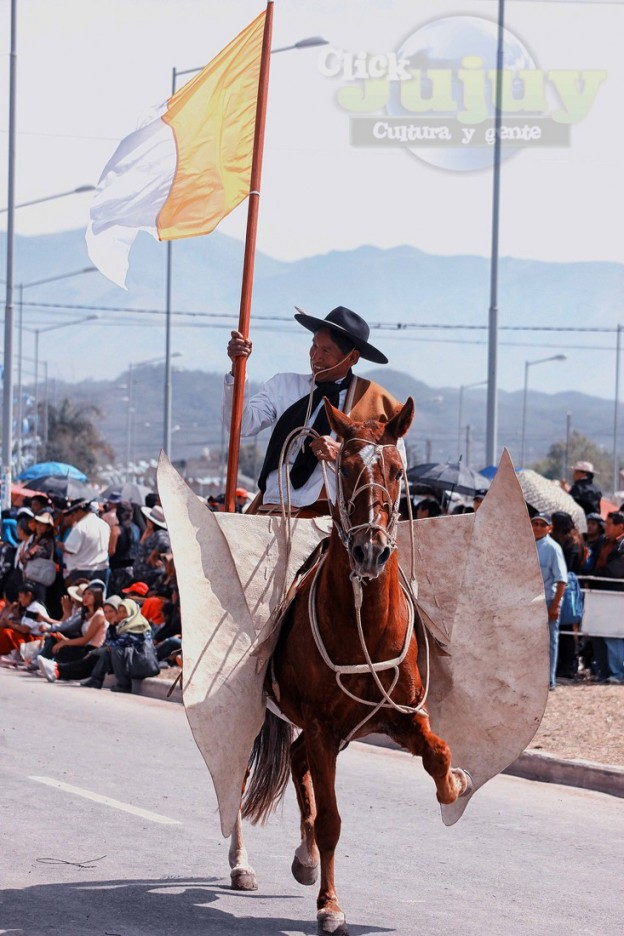 Desfile-gaucho-23-de-agosto-2017-30